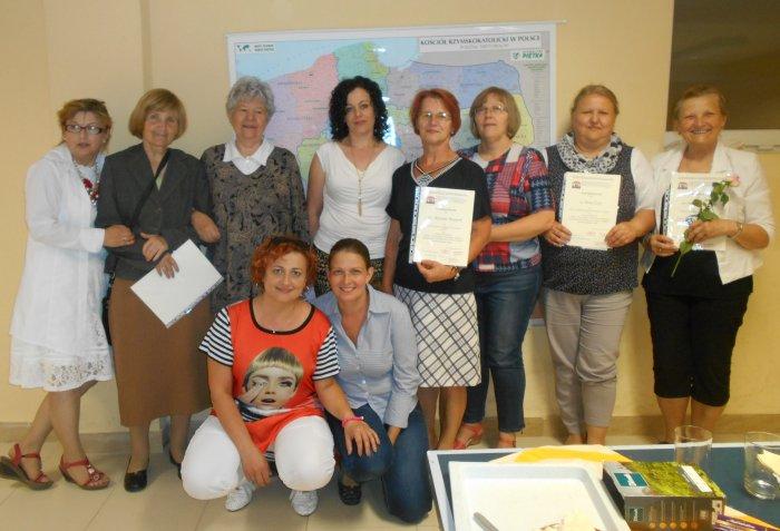 Dyplomy dla zasłużonych członków
